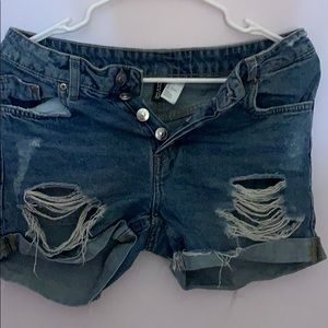 H and m jean shorts